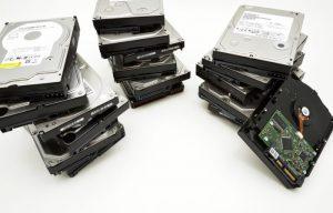 防犯・監視カメラ録画の基本!レコーダーの映像保存方法や期間は?屋外の場合は?