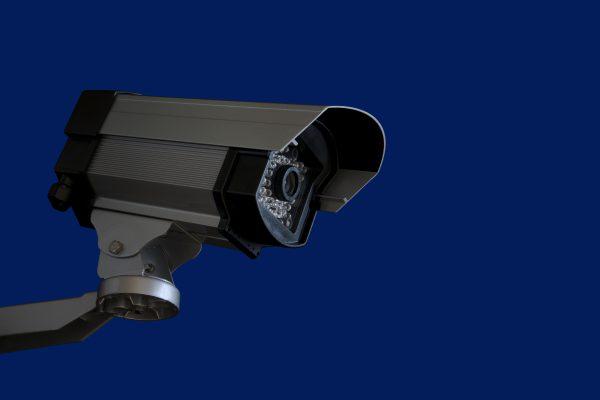 夜間監視可能な防犯カメラ