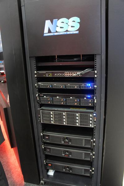 ネットワークカメラ用のVMS管理サーバー